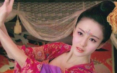 Hoàng hậu xuất thân ca kỹ sở hữu vẻ đẹp 'đệ nhất thiên hạ' khiến hoàng đế mê mệt