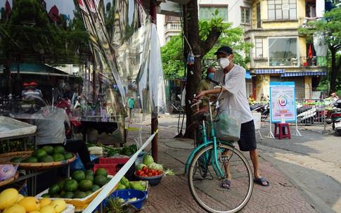 """Hà Nội: Đi chợ theo khung thời gian hợp lý, """"sẵn"""" phương án dự phòng kéo dài giãn cách xã hội"""