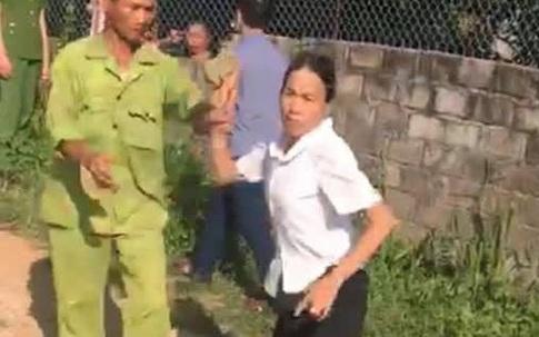 """Công an Tuyên Quang lên tiếng vụ bà ngoại đòi """"tách khẩu"""" cho cháu bé mất mẹ mới 7 tuổi"""