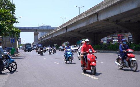 Hà Nội ngày thứ 15 giãn cách, người dân vẫn ra đường với tần suất dày