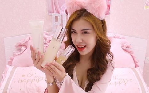 Hóa thân theo phong cách Blackpink, Pinky Honey skincare đầy đủ 3 bước thần thánh để có làn da mộc chuẩn xịn như sao Hàn