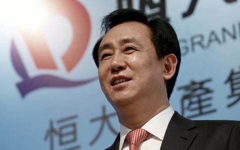 Người đứng sau Evergrande - tập đoàn bất động sản lớn nhất Trung Quốc với núi nợ làm rung chuyển thế giới - là ai?