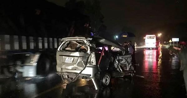 Tai nạn dây chuyền một người tử vong kẹt trong xe