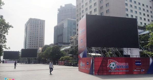 5 màn hình 90 m2 ở phố Nguyễn Huệ phục vụ CĐV trận Việt Nam – Malaysia