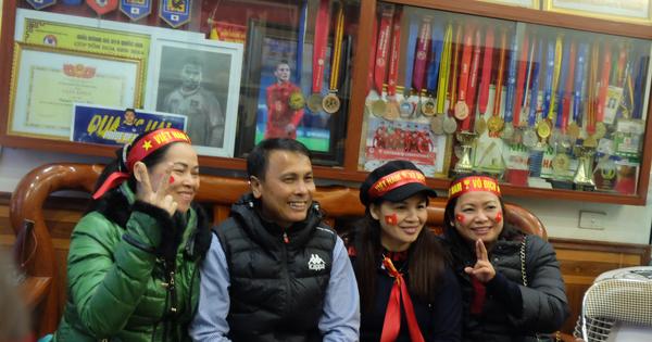 Mẹ Quang Hải nói về kết quả hòa 2-2 trận chung kết lượt đi AFF Cup