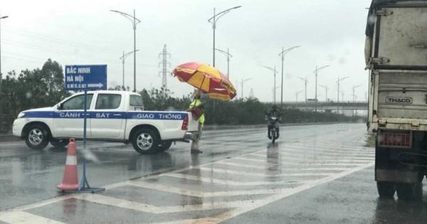 Phát hiện thi thể phụ nữ trên cao tốc Hà Nội – Bắc Giang