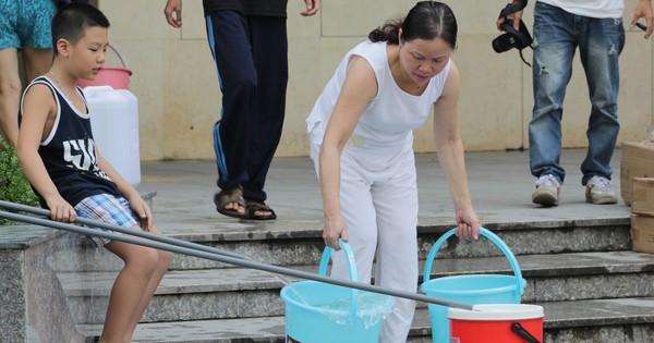 Hàng chục nghìn hộ dân nam Hà Nội bị mất nước đúng đêm khai mạc World Cup 2018