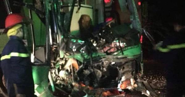 Tai nạn giữa 2 xe khách, 24 người bị thương