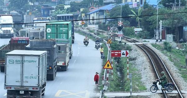 Cầu vượt xây sai gián tiếp gây tai nạn thảm khốc ở Hải Dương?