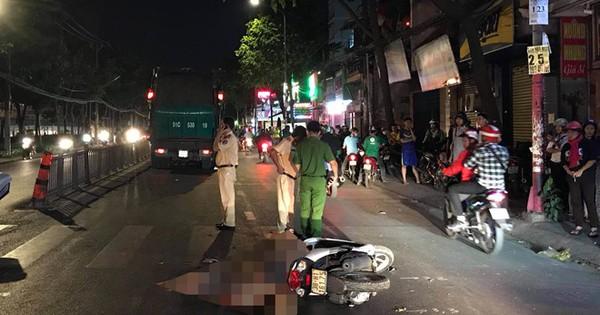 Người phụ nữ bị xe rác cán tử vong trong đêm ở Sài Gòn
