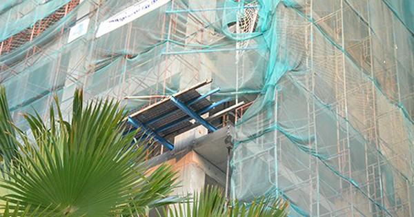 Người phụ nữ ở Sài Gòn tử vong vì gạch công trình rơi trúng đầu