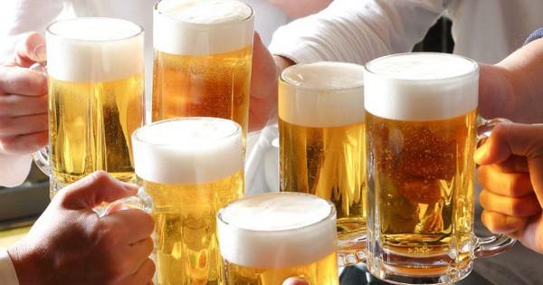 Người Việt chi gần 26.000 tỷ đồng chữa ung thư liên quan đến rượu bia