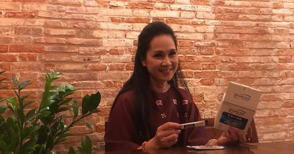 Mẹ chồng Lan Hương chia sẻ cách đối phó viêm đại tràng hơn 20 năm qua