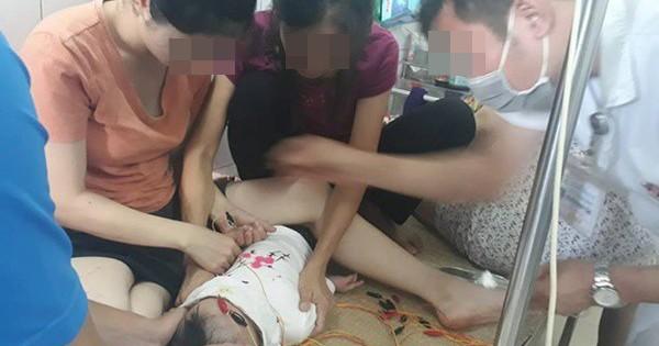 Bé gái 12 tháng liệt dây thần kinh ngoại biên do nằm điều hòa: BS khuyến cáo cách chăm sóc con an toàn