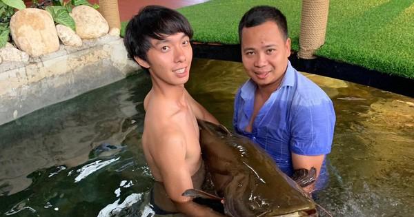 """Chiêm ngưỡng cặp cá leo """"khủng"""" dính lưới ngư dân"""