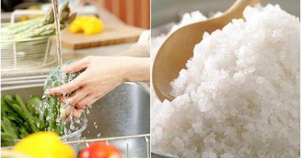 """5 cách rửa rau chẳng những không sạch mà còn có thể """"rước"""" bệnh vào người nhưng ai cũng làm"""