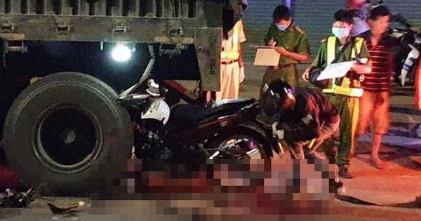 Hai người tử vong sau cú tông xe đầu kéo