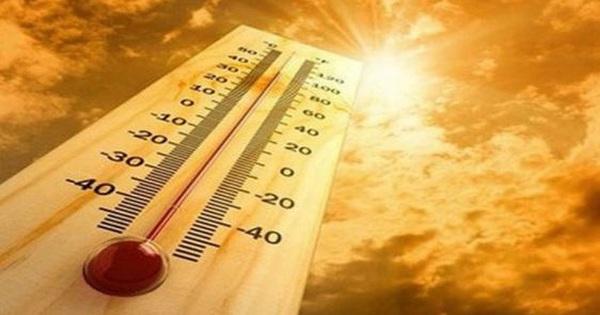 Nắng nóng đặc biệt gay gắt kéo dài ở miền Bắc trong nhiều ngày
