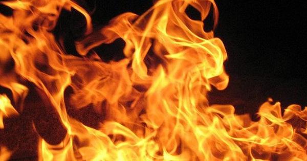 Nam thanh niên bị… bốc cháy tại nhà bạn gái