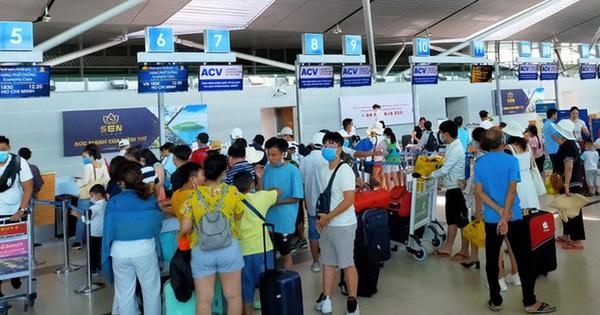 Miễn phí thay đổi chuyến bay, giờ bay, hành trình mọi chuyến bay nội địa