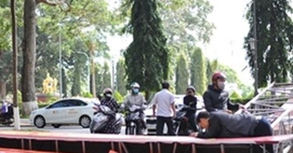 Sập cổng chào bảo tàng Đắk Lắk, lộ thiết kế gian dối