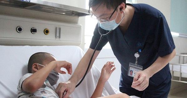 Tiêm thiếu mũi vaccine, trẻ bị viêm não Nhật Bản biến chứng nặng