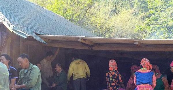 Hai vợ chồng bị sét đánh thương vong khi trú mưa dưới gốc cây cổ thụ