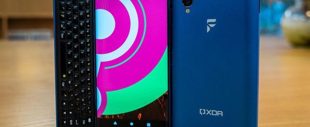 Độc đáo chiếc smartphone được cài đặt đồng thời 3 nền tảng khác nhau