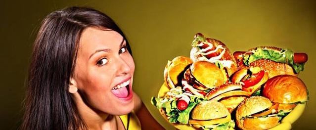 Những thói quen ăn uống xấu mà người bệnh tiểu đường nên tránh