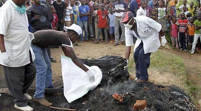 Đốt xác và ăn thịt người vì nghi là khủng bố