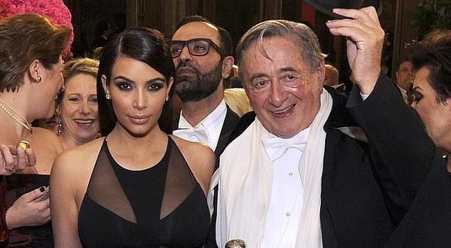 Hoàng tử Arập trả 1 triệu USD để ăn tối với Kim Kardashian