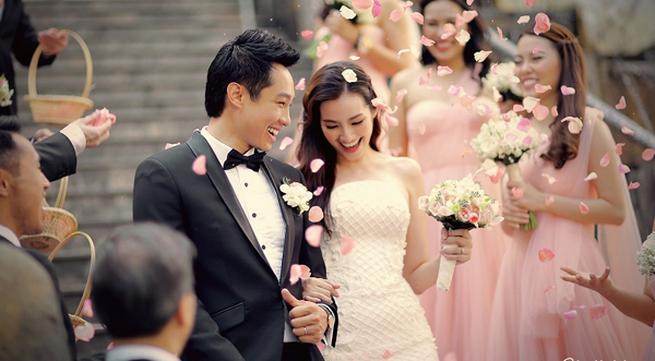 Hé lộ bốn váy cưới tuyệt đẹp của Trúc Diễm