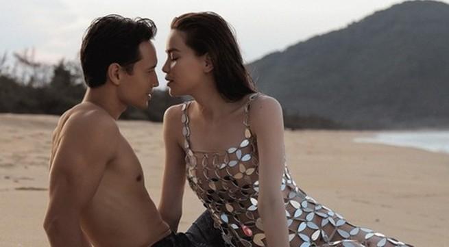 Hồ Ngọc Hà nũng nịu khi Kim Lý hôn