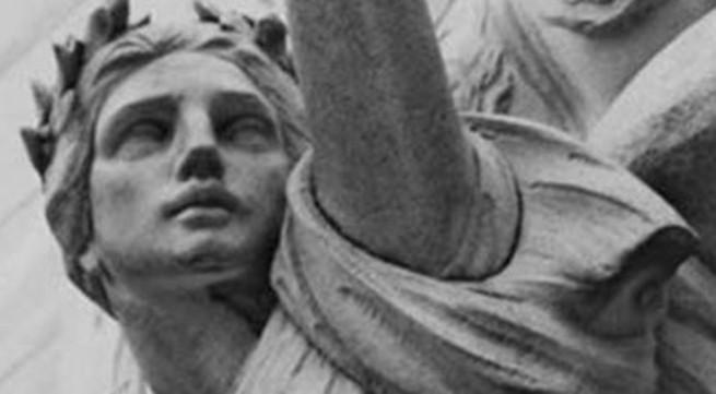 """Bi kịch cuộc đời của """"nữ thần sắc đẹp Mỹ"""""""