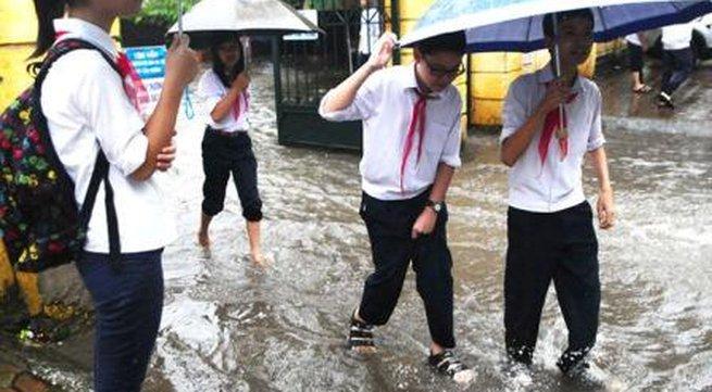 Hà Nội cho học sinh nghỉ học tránh bão Haiyan