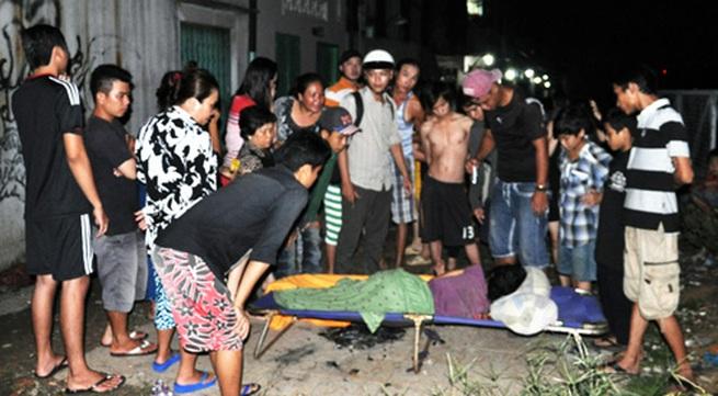Người phụ nữ nặng 30 kg bị vứt bỏ ven đường