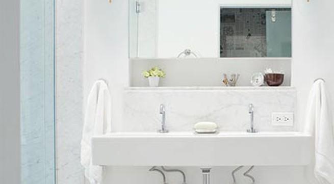 14 chiêu khiến phòng tắm sạch, gọn
