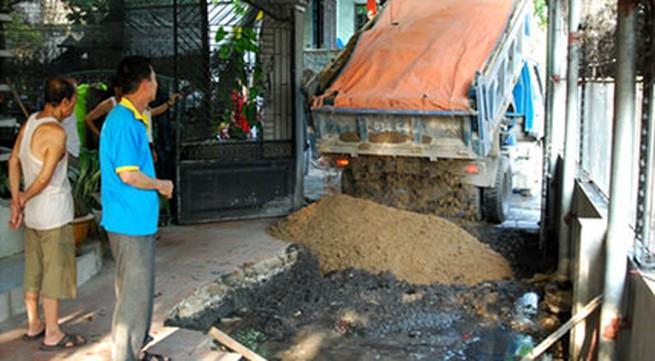 """Cẩm Phả, Quảng Ninh: Hố """"tử thần"""" dọa đoạt mạng người"""