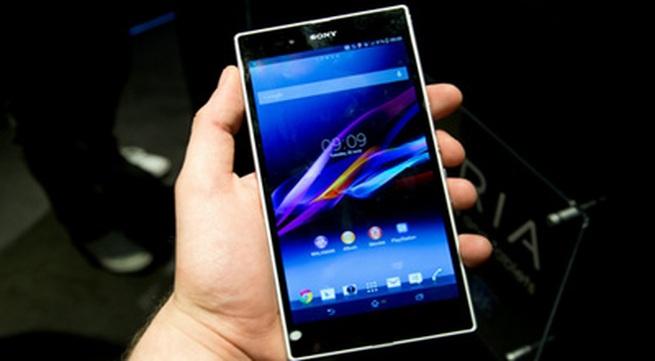 """Những smartphone khuyến mại """"khủng"""" cuối năm"""