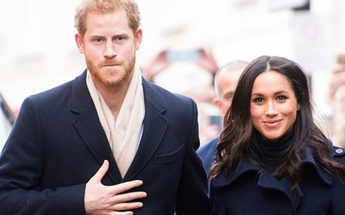 Vợ chồng Meghan Markle bị dân mạng phản đối dù Nữ hoàng Anh gửi lời mời về đoàn tụ hoàng gia