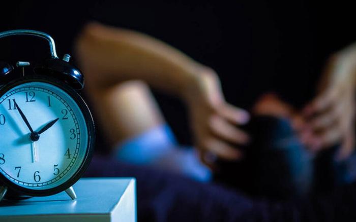 Thâm cung bí sử (231 - 4): Những đêm không ngủ