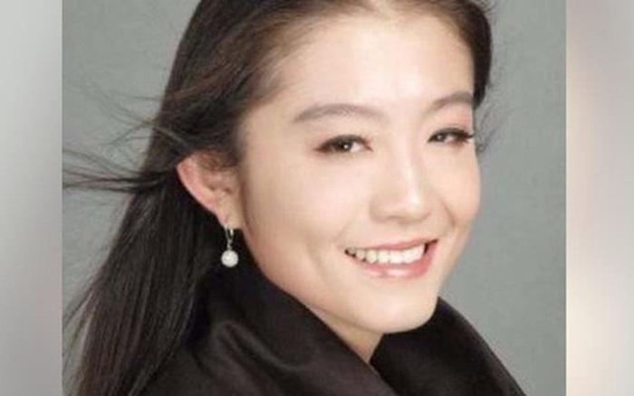 Rộ tin đồn nữ nhân viên Trung Quốc trẻ đẹp là kẻ thứ 3 khiến vợ chồng Bill Gates ly hôn, người trong cuộc...