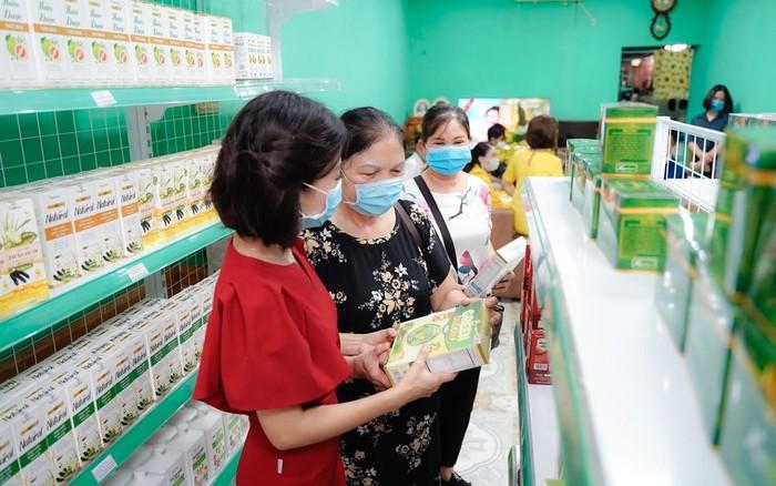 Green Daddy lên kệ chuỗi 200 siêu thị Nutrimart - Thương hiệu Việt bắt tay vì một nền kinh tế xanh