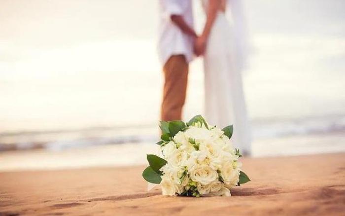 Vượt qua giai đoạn chán nhau, vợ chồng cần nhớ điều rất nhỏ nhưng vô cùng quan trọng này - gi�� v��ng h��m nay