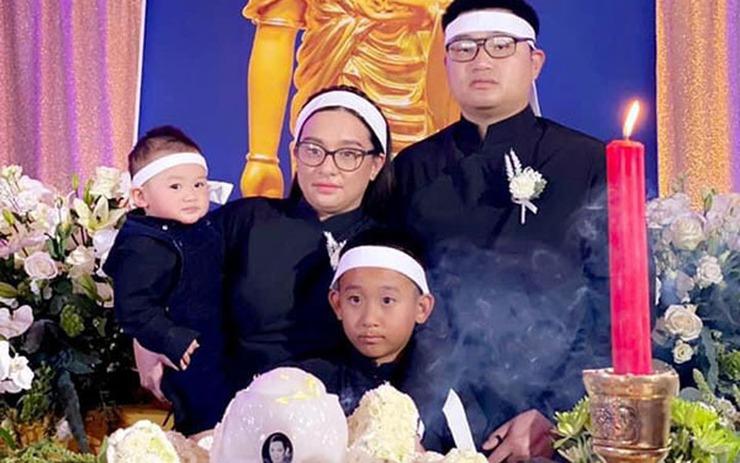 Con rể Phi Nhung lần đầu bật khóc, hứa sẽ chăm sóc gia đình